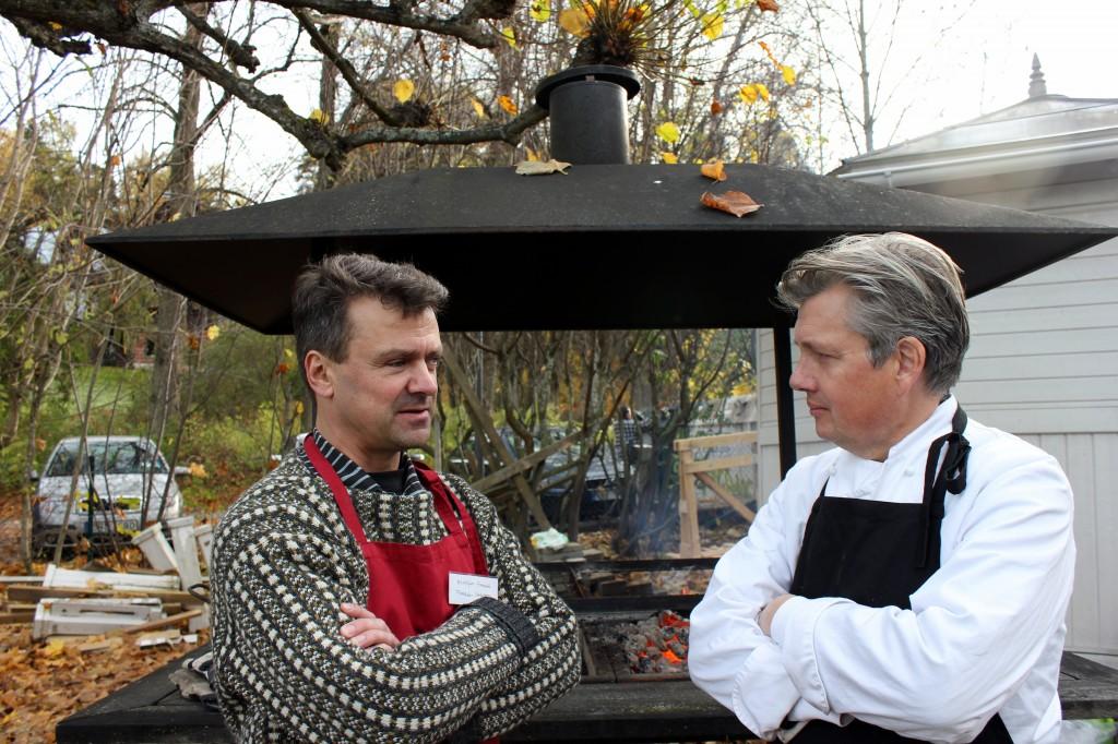 Arga leken med surdegsassistenten, eldsläckaren, kocken, dirigenten och violinisten Staffan Larson från Forsby kvarn.